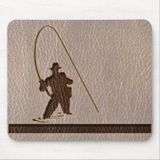 Pescador de la Cuero-Mirada suave Mousepad