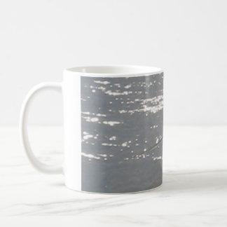 pescador solitario taza de café