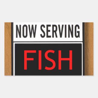 Pescados ahora de servicio pegatina rectangular