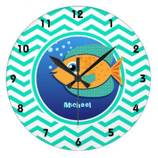 Pescados anaranjados; Aguamarina Chevron verde Relojes De Pared