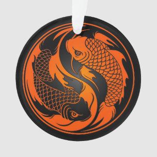 Pescados anaranjados y negros de Yin Yang Koi