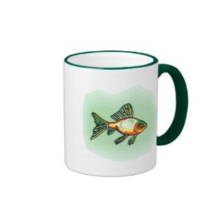 Pescados anaranjados y verdes taza de café