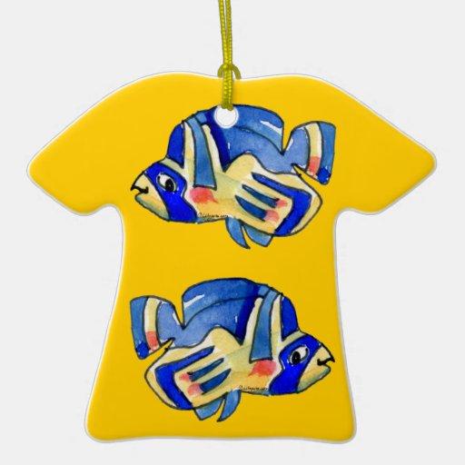 Pescados azules de la mariposa del dibujo animado adorno de cerámica en forma de camiseta
