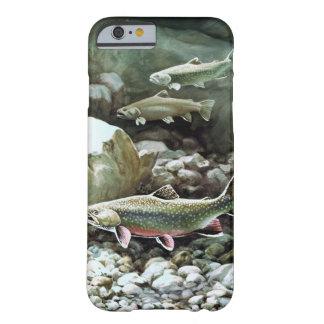 Pescados bajo caso del iPhone 6 Funda De iPhone 6 Barely There