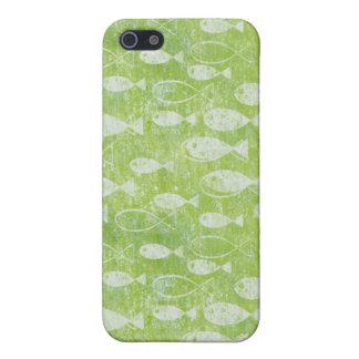 Pescados blancos apenados en el mar verde iPhone 5 carcasas