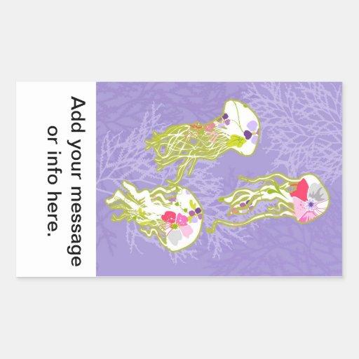 Pescados de jalea en fondo violeta en colores pegatina rectangular