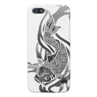 Pescados de Koi blancos y negros iPhone 5 Fundas
