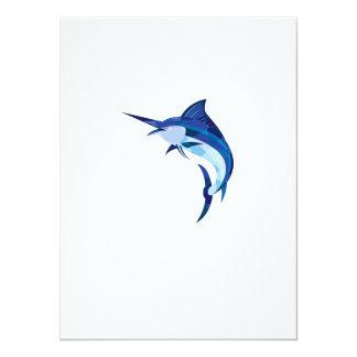 Pescados de la aguja azul que saltan el polígono