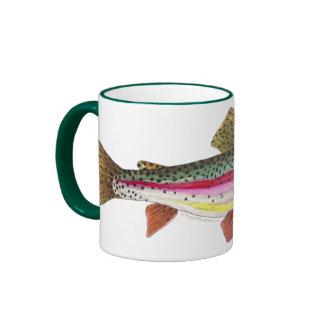 Pescados de la trucha arco iris taza a dos colores