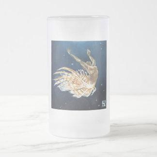 Pescados del león del baile taza de cristal