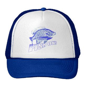 Pescados del Lepomis macrochirus en azul Gorra