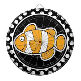 Pescados del payaso en lunares blancos y negros