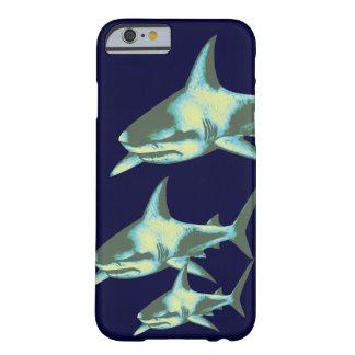pescados del tiburón, animales salvajes funda para iPhone 6 barely there