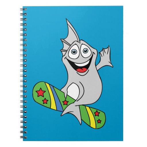 PESCADOS DIVERTIDOS SURFBOARDING de funny_water_an Libros De Apuntes Con Espiral