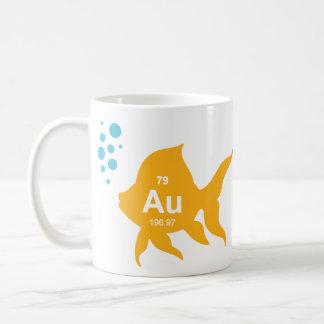 Pescados elementales del oro de la tabla periódica taza de café