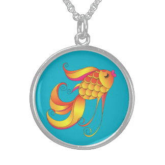 Pescados hermosos del oro collar de plata de ley