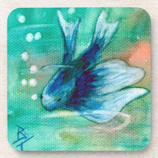 Pescados manchados de tinta azules de Betta Posavaso