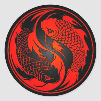 Pescados rojos y negros de Yin Yang Koi Pegatina Redonda