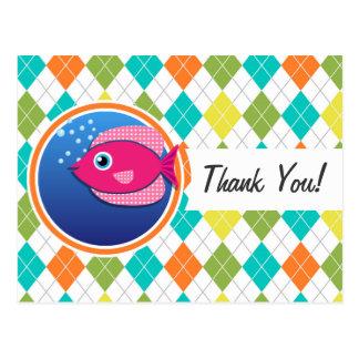 Pescados rosados en el modelo colorido de Argyle Tarjetas Postales