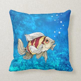 Pescados subacuáticos que nadan a solas - la almoh cojín