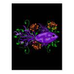 Pescados tribales de la llama púrpura con las flor postales