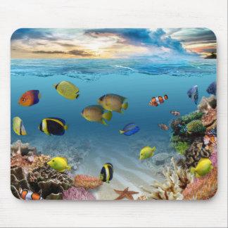 Pescados tropicales del arrecife de coral mousepad