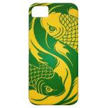 Pescados verdes y amarillos de Yin Yang Koi iPhone 5 Case-Mate Cárcasa