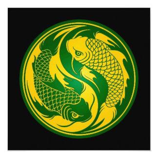 Pescados verdes y amarillos de Yin Yang Koi Invitacion Personal