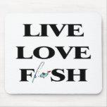Pescados vivos del amor alfombrillas de ratones