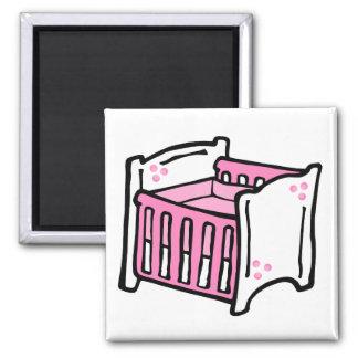 pesebre rosado imán cuadrado