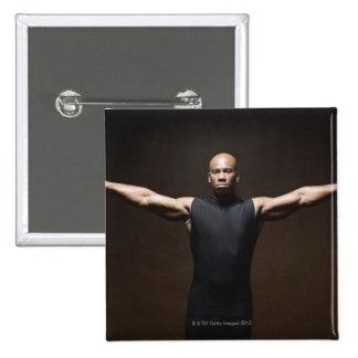 Pesos de elevación del hombre, retrato pin cuadrado