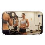 Pesos de elevación en el gimnasio funda though para iPhone 3