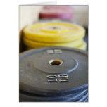 Pesos en el gimnasio, playa de Newport, Condado de Felicitacion