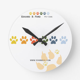 Pet and Animal Care Groomer Round Wallclock