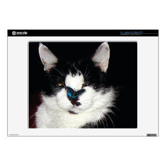 """Pet-lovers Funny Black and White Cat & Butterfly 14"""" Laptop Decal"""