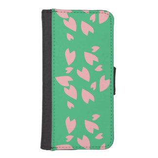 Petal Storm iPhone SE/5/5s Wallet Case