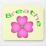 Pétalo de la flor del zen - respire alfombrillas de raton
