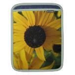 Pétalos amarillos brillantes de la margarita fundas para iPads