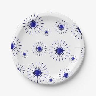 pétalos azules plato de papel de 7 pulgadas