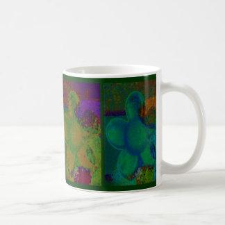 Pétalos bonitos taza