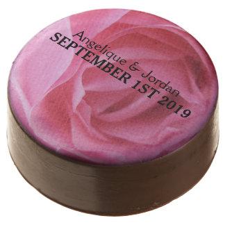 Pétalos color de rosa rosados suaves que casan