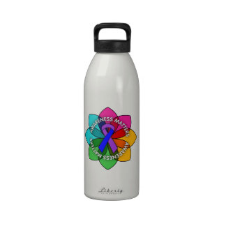 Pétalos de las materias de la conciencia de la art botella de agua