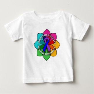 Pétalos de las materias de la conciencia de la camisas