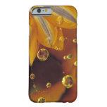 Pétalos en la superficie reflexiva de Mylar con Funda Para iPhone 6 Barely There