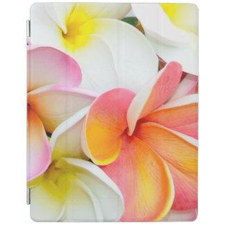 Pétalos hermosos de la flor del Plumeria Cover De iPad