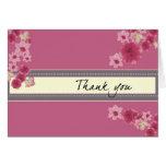 Pétalos rosados bonitos tarjeta