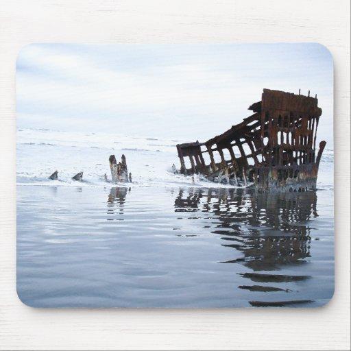 Peter Iredale Shipwreck Mousepad