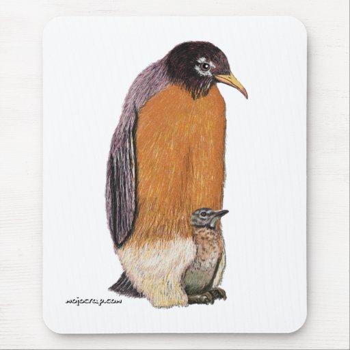 Petirrojo del pingüino con el polluelo tapetes de raton