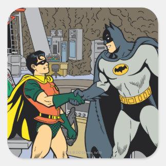Petirrojo y apretón de manos de Batman Pegatina Cuadrada
