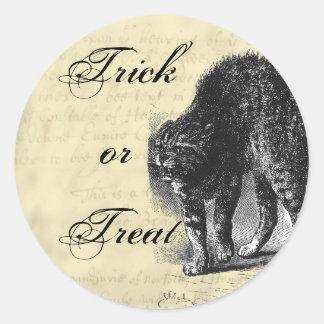 Petrified Cat Halloween Classic Round Sticker